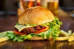burger-3199088_1280
